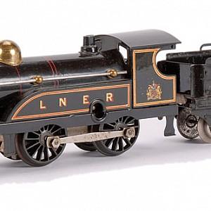 Hornby-LNER-2711b