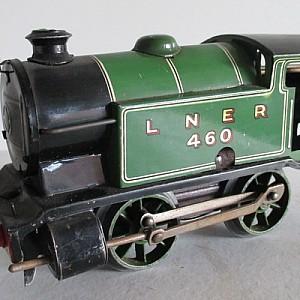 Hornby-LNER-460